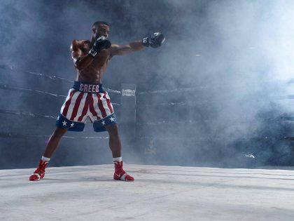 """Rokio Balboa istorija tęsiasi filme """"Krydas 2: kylanti legenda"""": akyliausių žiūrovų lauks siurprizas"""