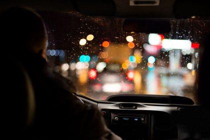5 patarimai, kaip pasiruošti vairavimo teorijos egzaminui ir jį išlaikyti