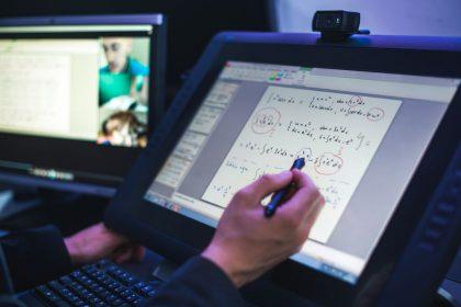 VGTU inžinerijos licėjaus nuotolinis mokymas netrikdo: pedagogai atranda ugdymo privalumų