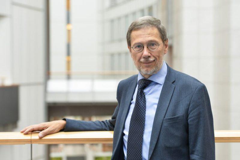 Prof. Liudas Mažylis. Biologinės įvairovės strategija ES: tarp globalaus pasaulio ir bendruomenių