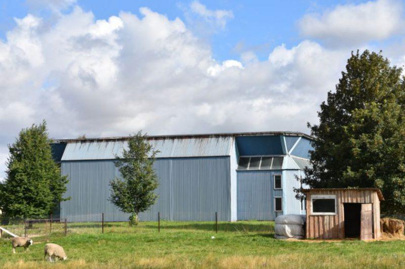 Jonavos savivaldybė nepirks sporto komplekso Juškonių kaime: tarybos narys paprašė trigubai daugiau, nei rinkos vertė