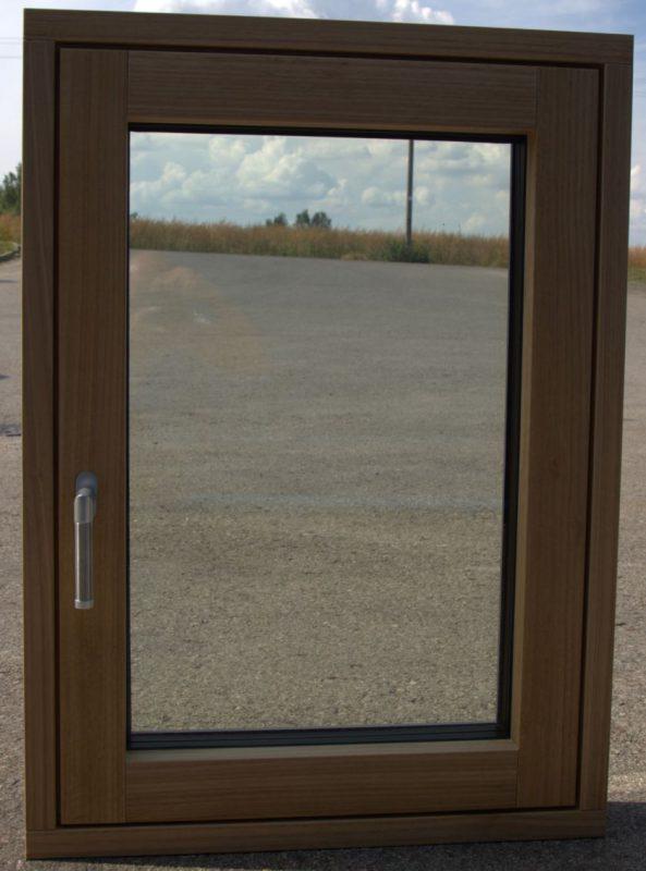 Karantinas padėjo įgyvendinti dizainerių idėją – sukurti vienos plokštumos langus