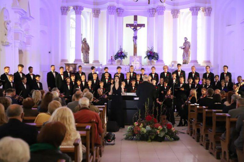 Iškilmingiausias Šiaulių gimtadienio momentas – inauguruotas Garbės pilietis