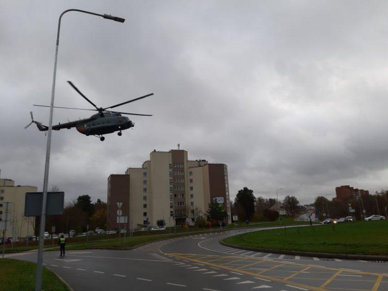 Santaros klinikose transplantuojamos kepenys iš Latvijos – į Lietuvą jos atgabentos sraigtasparniu
