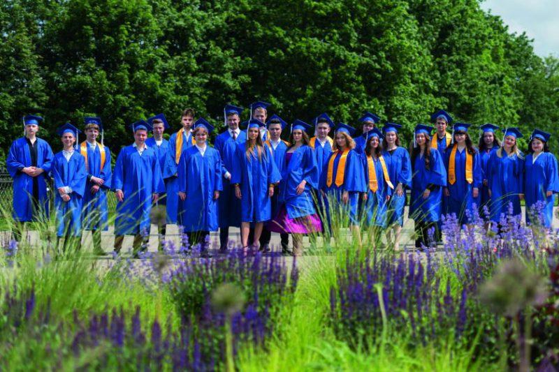 Pasaulio universitetų pirmakursiai pataria: kaip patekti į savo svajonių studijas užsienyje?