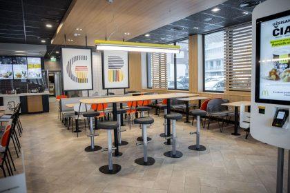 """""""McDonald's"""" atidarė naują restoraną Vilniuje"""