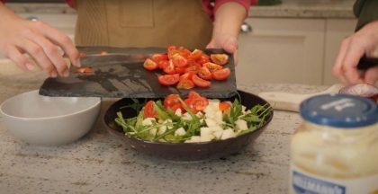 Simonos Albavičiūtės šaldytuvo apžvalga: iš gendančių produktų pavyko pagaminti salotas